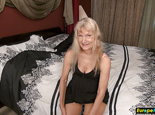Sexy blonde grannies solo masturbation