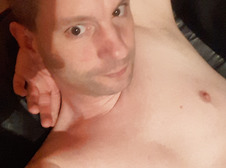 its me sexy single Cologneandy pur search a hot flirty lady